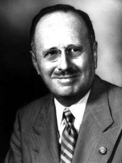 Dr Antonio Fernós Isern