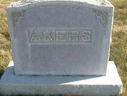 Ralph M Akers