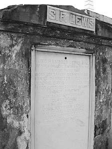 Colomb Dubourg Davis