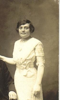 Frances (Paranka) <I>Wakula</I> Stempowicz