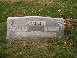 """Emily Evelyn """"Emma"""" <I>Reeves</I> Bradley"""