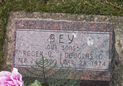 Roger V Bey