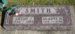 Gladys M. <I>Hansel</I> Smith
