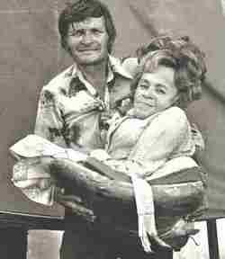Barbara Worlds Smallest Mother Bennett
