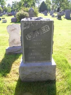 "Harriett Duncan ""Hattie"" <I>Knox</I> Leaver"