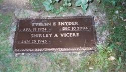 Evelyn Elaine <I>Hynds</I> Snyder