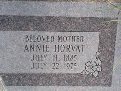 Annie Horvat