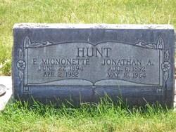 Eliza Mignonette <I>Bauer</I> Hunt