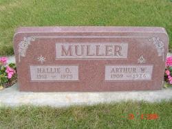 Arthur W Muller