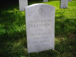 William R Gardiner