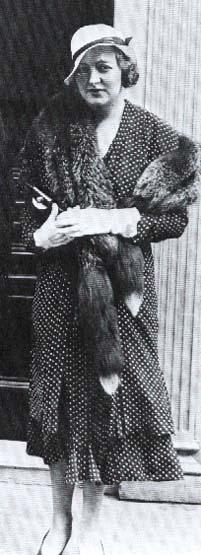 Ruth Sylvia <I>Gill</I> Roche