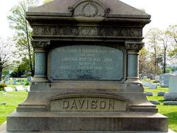 Benjamin D Davison