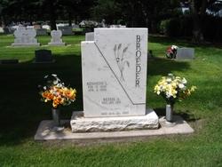 Kenneth L. Broeder