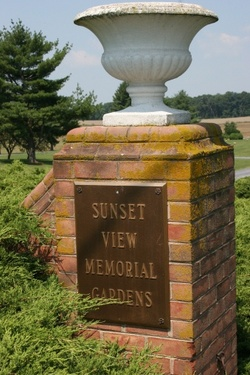 Sunset view memorial gardens in woodstock virginia find a grave cemetery for Sunset memory garden funeral home