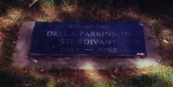 Mary Dell <I>Parkinson</I> Sturdivant