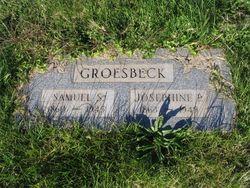 Josephine <I>Pettit</I> Groesbeck