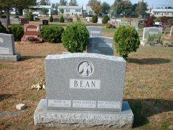 Anna Mary-Rose <I>Gingras</I> Bean