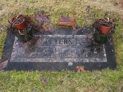 Susan Jane <I>Landes</I> Peters