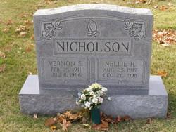 Nellie Rebecca <I>Hinton</I> Nicholson