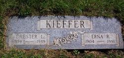 Chester L Kieffer