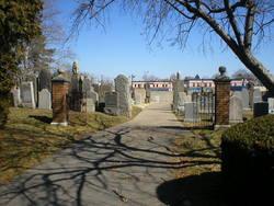 Poile Zedek Cemetery