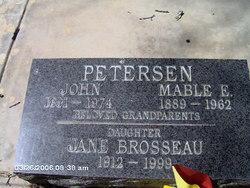 Mable E Petersen