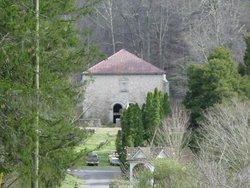 Pressmens Home Cemetery