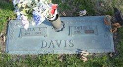 Lela Fern <I>O'neal</I> Davis