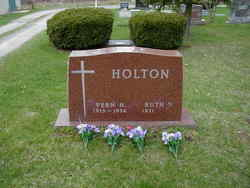 Vernard Howard Holton, Sr