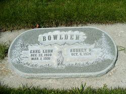 Earl Leon Bowlden