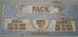 Leland Newton Pack