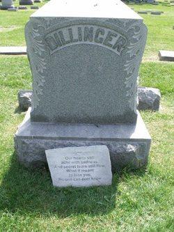 Mary E <I>Brown</I> Dillinger