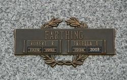 Robert R Farthing