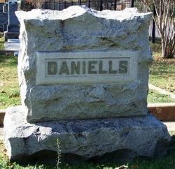 Carey R Daniells