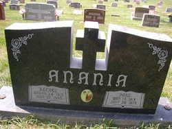 Paul Anania