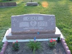 Manfred Quast
