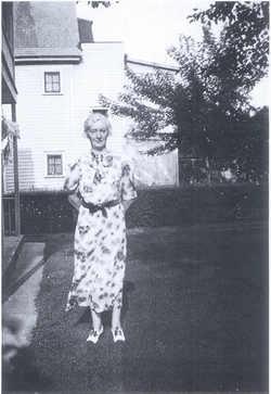 Bessie Mae <I>Golden</I> Serrell