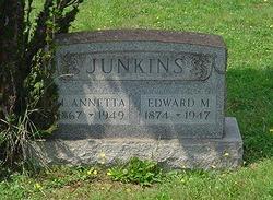 """Mary Annetta """"Nettie"""" Junkins"""