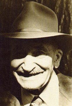 Fred G Atz