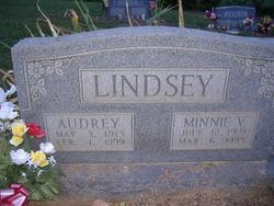 Minnie V Lindsey
