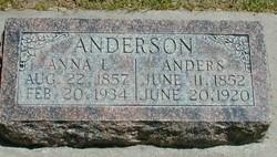 Anna L Anderson