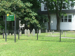 Governor Arnold Burying Ground