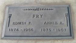 Annie Amelia <I>Klindt</I> Fry