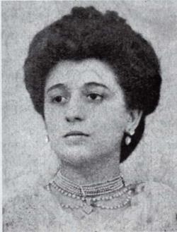 Amparo Alabau
