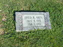 Fred R Akin
