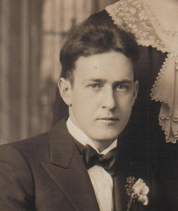 Earl Myron Krainik