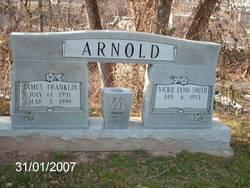 Vickie Lynn <I>Smith</I> Arnold