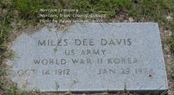 "Miles Duard ""Dee"" Davis"