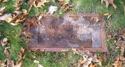 Anna Semolic