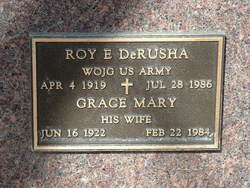 Roy E Derusha